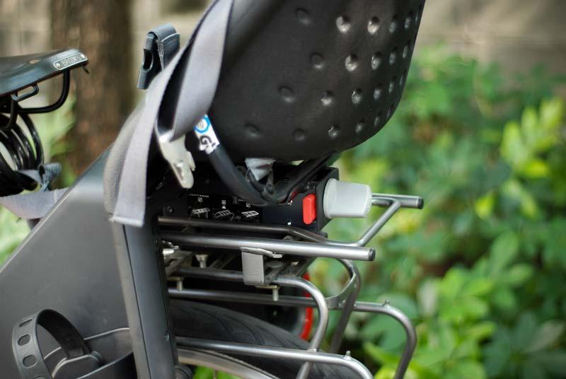 อุปกรณ์ ที่นั่งเด็กติดจักรยาน ที่สามารถถอดออกได้อย่างรวดเร็ว