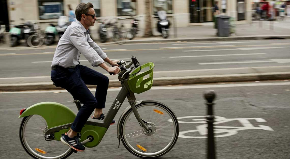 Bike sharing in Paris / Vélib' in Paris - cover | blog tokyobike