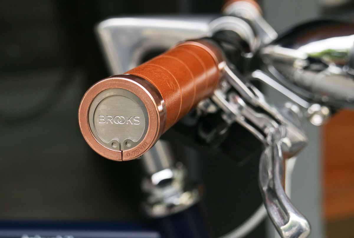 จักรยานแต่ง tokyobike plus #19 ปลายปลอกกริบ brooks รุ่นพิเศษ สีทองแดง